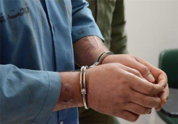 دو نفر از پرسنل شهرداری زابل به اتهام اخاذی دستگیر شدند