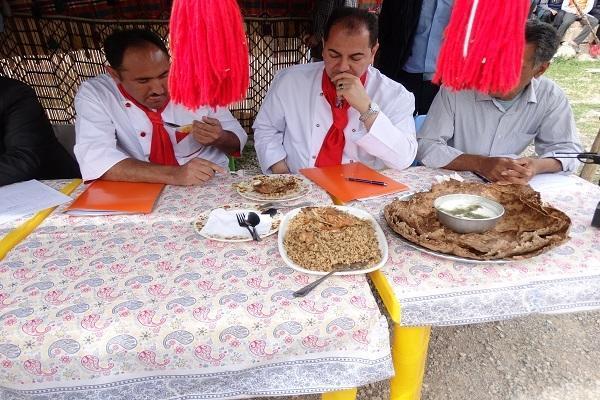 جشنواره غذاهای سنتی در هتل دنیا گردی یاسوج برگزار گردید