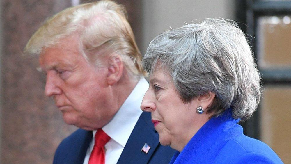 ابقای سفیر انگلیس در آمریکا، تنش ها میان واشنگتن و لندن افزایش پیدا می نماید؟